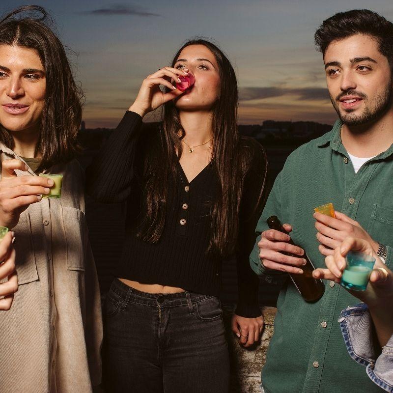 Licor Valenciano de Horchata - bebiendo